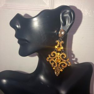 Beautiful Bebe copper/brown gold earring